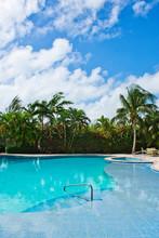 "Постер, картина, фотообои ""Hotel, Luxury Resort and Pool in the Tropics"""