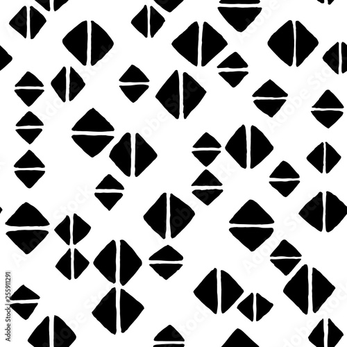 fototapeta na ścianę Hand drawn black and white background with geometric shapes. Seamless vector pattern