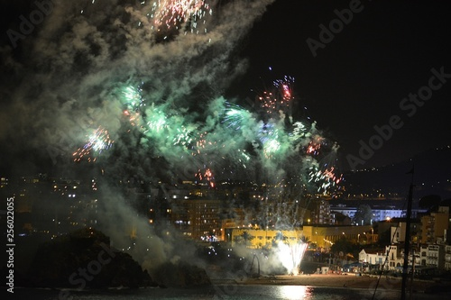 Fuegos Artificiales © JORGE