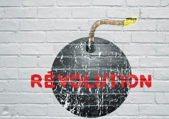 Street art. Révolution, bombe