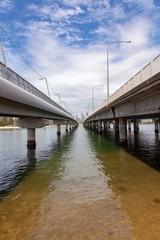 Under the bridge © Gary Hoban