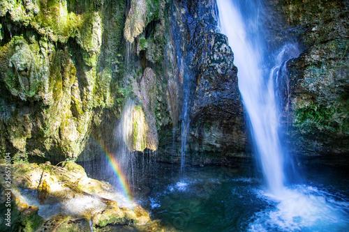 Hinang - Allgäu - Wasserfall - Frühling - Regenbogen - 256575804