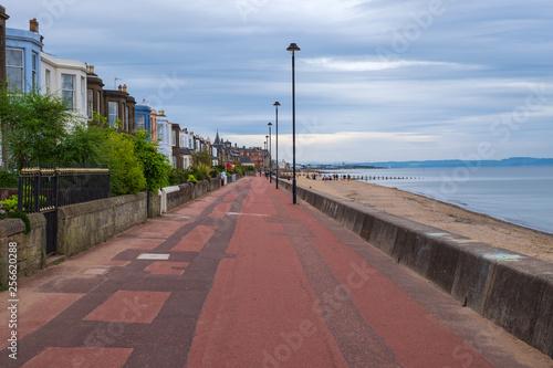 canvas print picture Promenade am Strand von Portobello in Edinburgh/Schottland