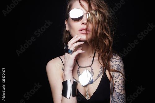 Leinwanddruck Bild Beautiful sexy girl with tattoo, and sunglasses