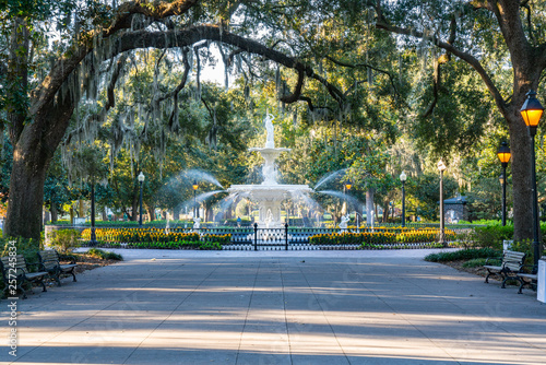 Fountain in Forsyth Park, Savannah © pabrady63