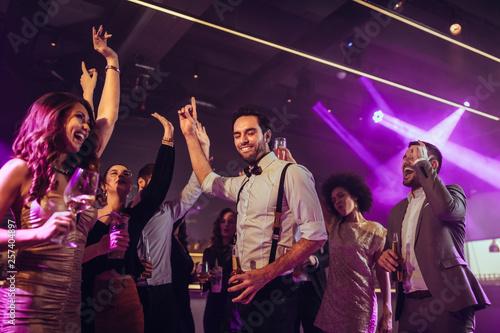 Leinwandbild Motiv Lost in the dance moment