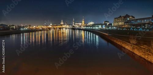Dresden in der Nacht © Stefan