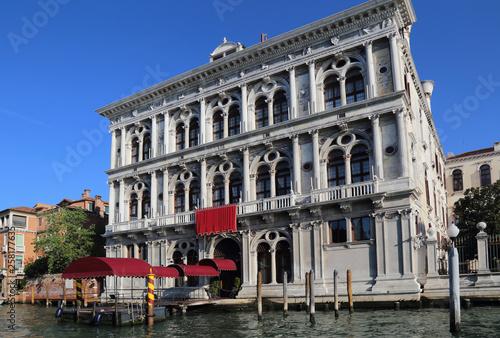 fototapeta na ścianę Historical Palazzo in Venice, Italy