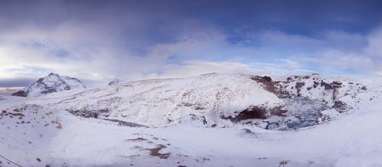 panoramica de paisaje nevado