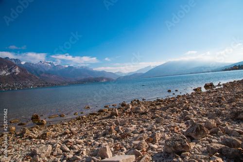 Lac d'Annecy © L.Bouvier