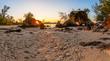 canvas print picture - Traumhafter Sonnenuntergang hinter Felsen am Strand von Koh Phayam