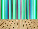 Terrasse bois et fond tapisserie