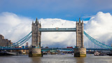 Tower Bridge, Combined bascule and suspension bridge in London