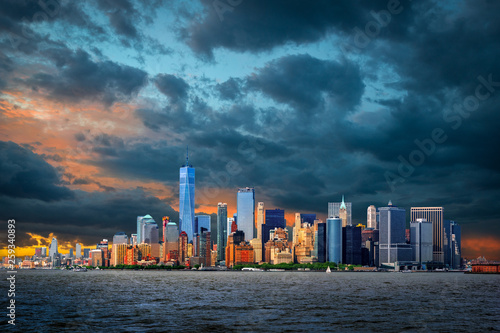 View to Manhattan, New York City, USA  © pure-life-pictures