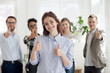 Leinwanddruck Bild - Happy group of multiracial business people indoors