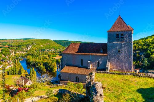Saint Cirq Lapopie dans le Lot en Occitanie en France - 259372833