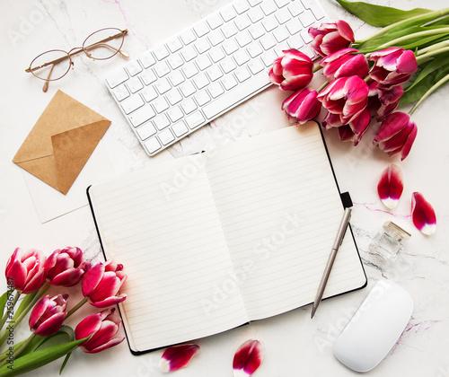 Leinwandbild Motiv Blogger or freelancer workspace