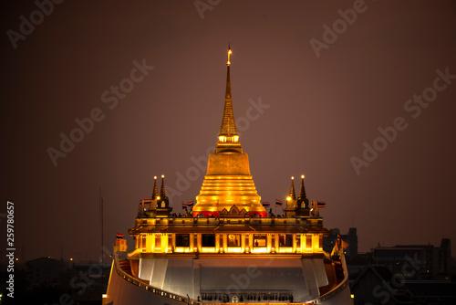 Fototapeten Bangkok The Golden Mount at Wat Saket, Travel Landmark of Bangkok THAILAND