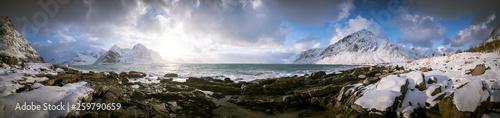 fototapeta na ścianę Panorama seashore and mountains in Norway