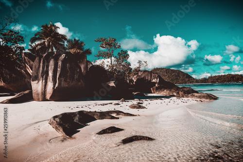Strand auf den Seychellen - 259913863