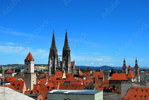 Leinwandbild Motiv The St. Peter's Cathedral in the historical center of Regensburg