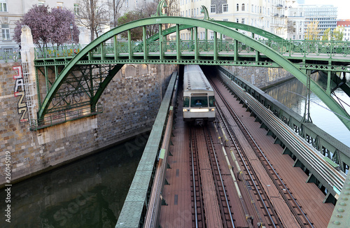 fototapeta na ścianę Pedestrian and railway (U-Bahn) bridge over the Vienna River at the Zollamt (Customs Office)