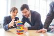 Übung mit Bausteinen für Teambuilding - 260211405