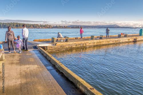 Walk along a wharf on a calm sea © Kelly