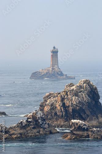 Phare de la pointe du raz, phare de la Vieille, Bretagne, ouest, France © Céline