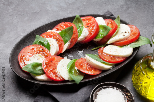 Leinwanddruck Bild Delicious italian caprese salad