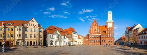 Leinwandbild Motiv Wittstock Dosse, Markt und Rathaus, Mecklenburgische Seenplatte