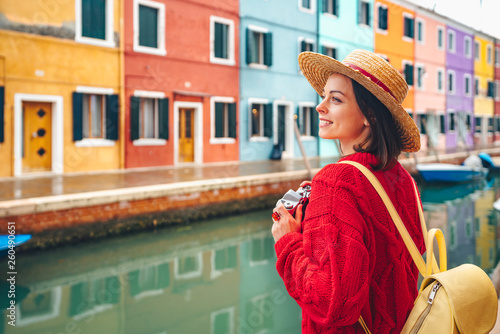 fototapeta na ścianę Beautiful girl in Italy