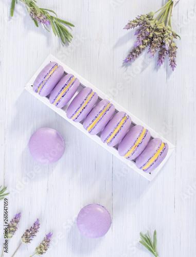 Lavender macarons - 260647059