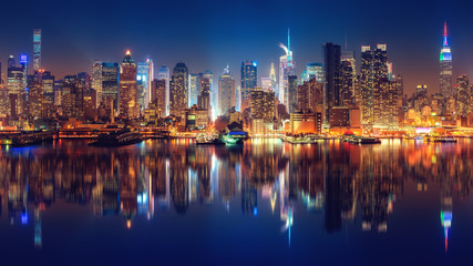 Panoramic view on Manhattan at night, New York, USA
