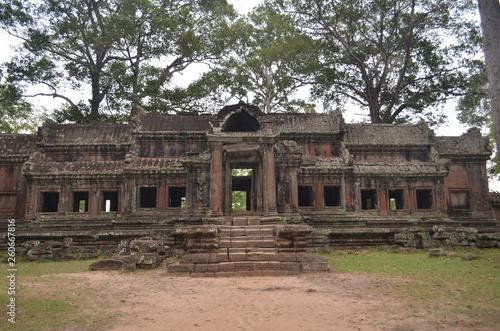 temple in angkor cambodia