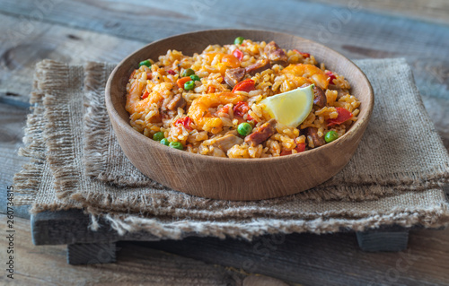 Bowl of chicken and chorizo paella - 260734815