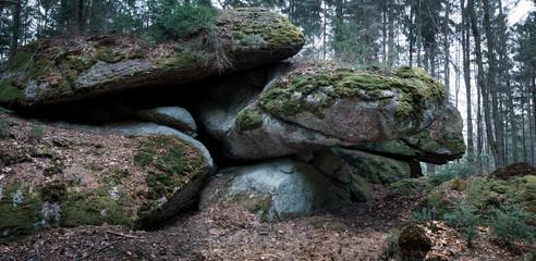 Panorama mystische Steinformationen im Waldviertel