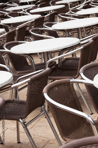 fototapeta na ścianę tables and chairs in a cafe