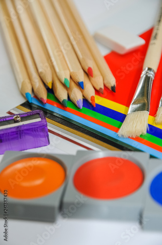 canvas print picture Material zum Basteln, Malen und Schreiben für die Schule