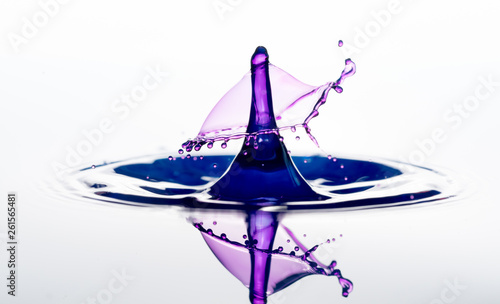 Water splash. drops collision © science photo