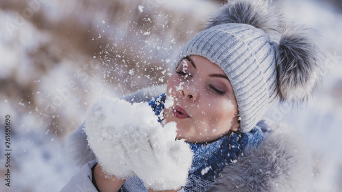 canvas print picture Female wearing warm outfit during winter