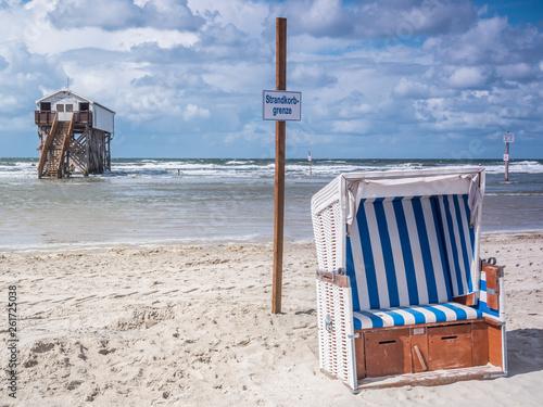 canvas print picture Strandkorb an der Nordsee