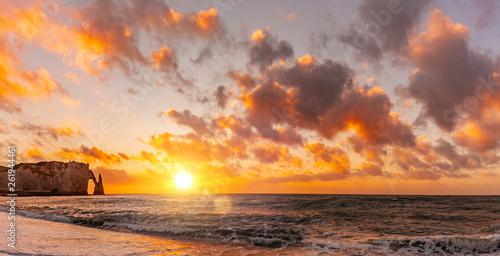 canvas print picture Klippen von Etretat bei Sonnenuntergang