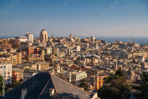 Panorama di Genova, Italia © Pixelshop