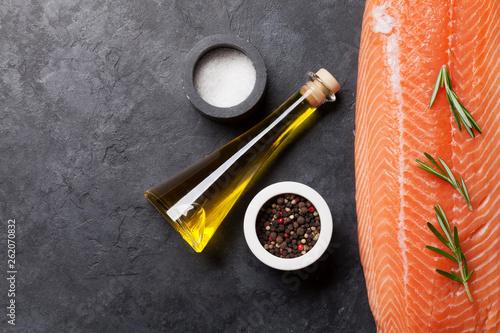 Leinwanddruck Bild Raw salmon fish fillet and ingredients