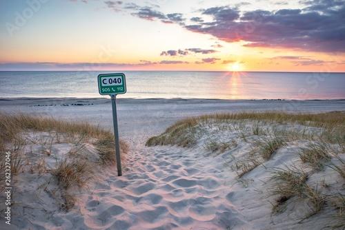 canvas print picture Sonnenuntergang - Strandübergang zur Nordsee, Dänemark