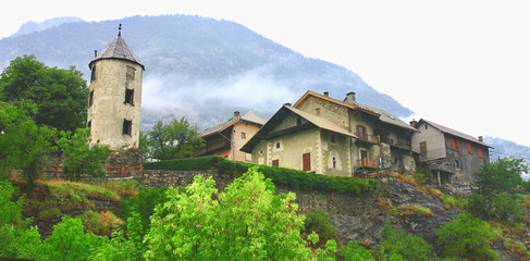 village hameau de bessée