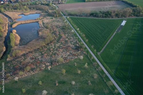 Teich aus der Luft, Luftaufnahme © DrohnenflugHannover