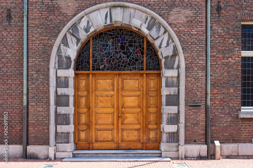 canvas print picture Fassade mit Tor in Roermond/NL