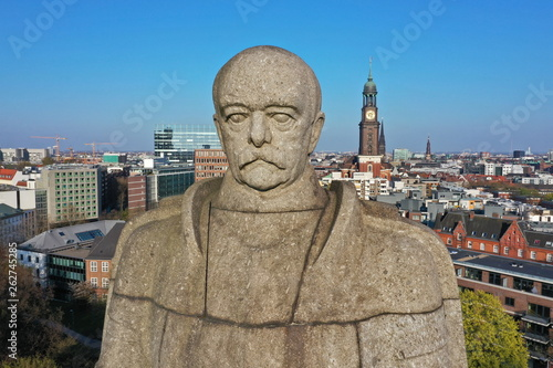canvas print picture Hamburg. Bismarck Denkmal vor der Skyline mit Michel, Elbphilharmonie, Hafen. Luftaufnahme.